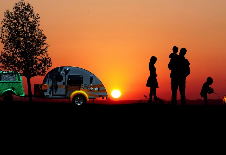 Caravan accessories – 5 expert tips to make your trips stress-free