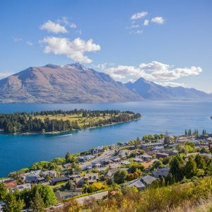 How to Explore New Zealand as a Tourist?